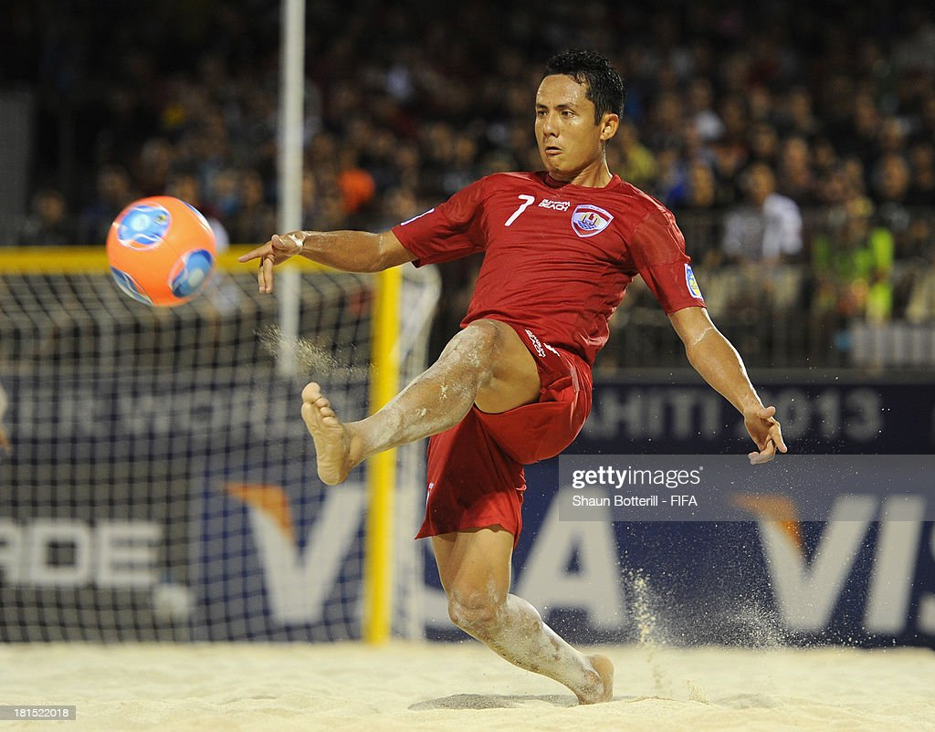 Raimana Li Fung Kuee of Tahiti in action during the FIFA Beach Soccer World Cup Tahiti 2013 Group A match between USA and Tahiti at the Tahua To'ata stadium on September 21, 2013 in Papeete, French Polynesia.