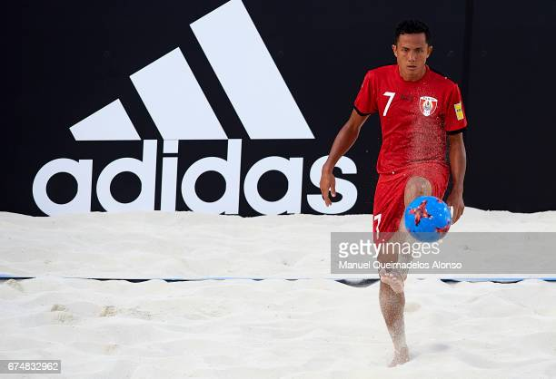Raimana Li Fung Kuee of Tahiti in action during the FIFA Beach Soccer World Cup Bahamas 2017 group D match between Brazil and Tahiti at Bahamas Beach...