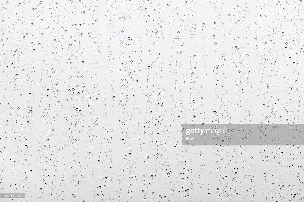 Gouttes de pluie sur verre : Photo