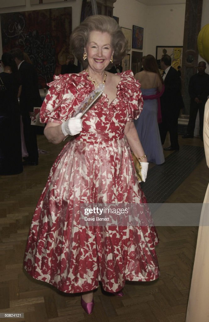 Raine Spencer attends the Hardy Amies Royal Academy Show on June 27, 2003 in London.