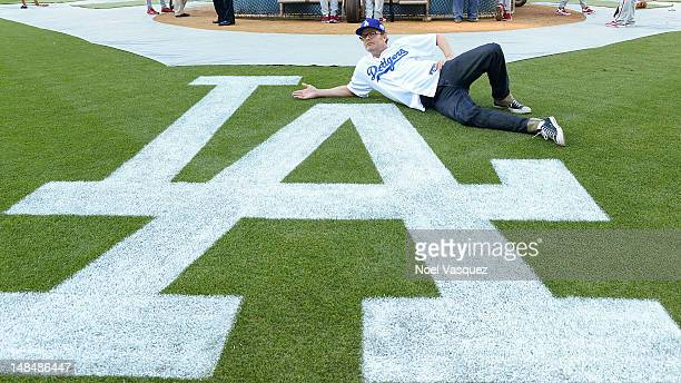 Rainn Wilson attends a game between the Philadelphia Phillies and Los Angeles Dodgers at Dodger Stadium on July 17 2012 in Los Angeles California