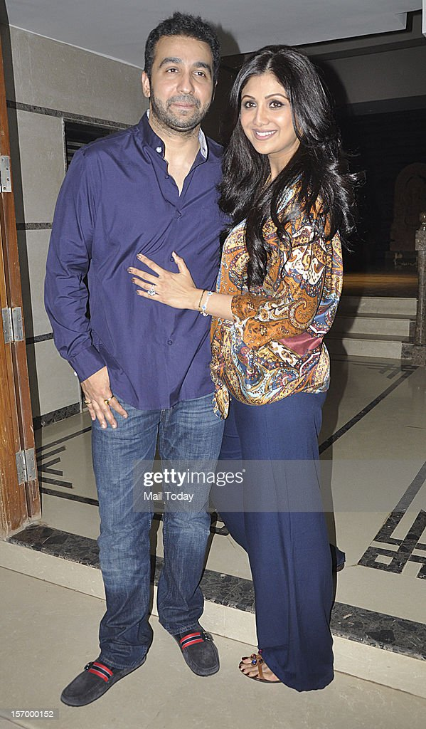 Raj Kundra and Shilpa Shetty hosted dinner for Shane Warne and Elizabeth Hurley at their Juhu residence in Mumbai.