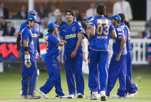 Rajasthan Royals Sohail Tanvir (C) celeb : News Photo