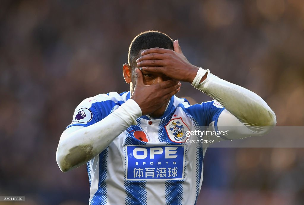 Rajiv van La Parra of Huddersfield Town celebrates scoring his sides first goal during the Premier League match between Huddersfield Town and West Bromwich Albion at John Smith's Stadium on November 4, 2017 in Huddersfield, England.