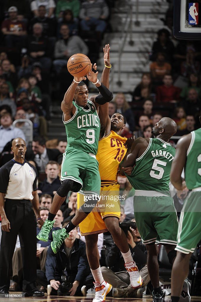Rajon Rondo #9 of the Boston Celtics drives to the basket against the Cleveland Cavaliers at The Quicken Loans Arena on January 22, 2013 in Cleveland, Ohio.