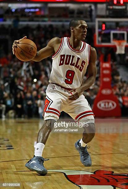 Rajon Rondo of the Chicago Bulls moves against the New Orleans Pelicans at the United Center on January 14 2017 in Chicago Illinois The Bulls...