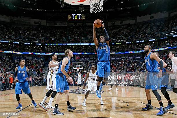 Rajon Rondo of the Dallas Mavericks grabs a rebound against the New Orleans Pelicans on January 25 2015 at the Smoothie King Center in New Orleans...