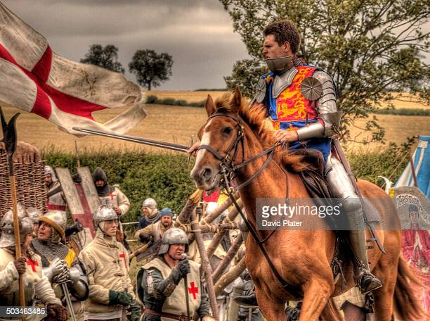 a report on the hundred years war and the house of valois Between england and france – the outbreak of the hundred years' war  philip  of valois was popular, he came from a distinguished family and, initially,.