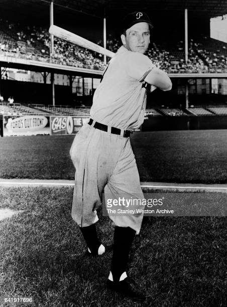 Ralph Kiner left fielder and first baseman of the Pittsburgh Pirates poses for a batting stance portrait circa 1947