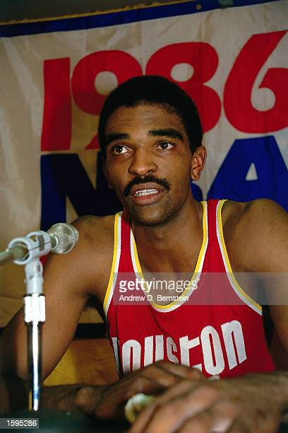 Ralph Sampson of the Houston Rockets talks to the media during a 1986 NBA Playoff press conference NOTE TO USER User expressly acknowledges and...