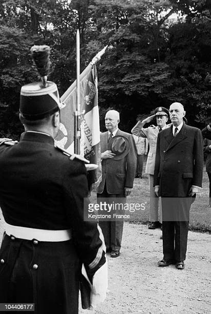 Rambouillet The US president Dwight EISENHOWER saluting the flag of the Republican Guard with General DE GAULLE The American President wanted to...
