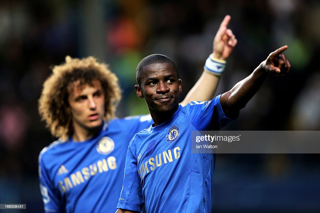 Ramires (R) of Chelsea celebrates after scoring his team's second goal during the Barclays Premier League match between Chelsea and Tottenham Hotspur at Stamford Bridge on May 8, 2013 in London, England.