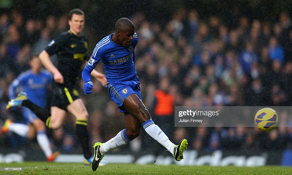 Ramires of Chelsea scores the first goal during the Barclays Premier League match between Chelsea and Wigan Athletic at Stamford Bridge on February 9, 2013 in London, England.