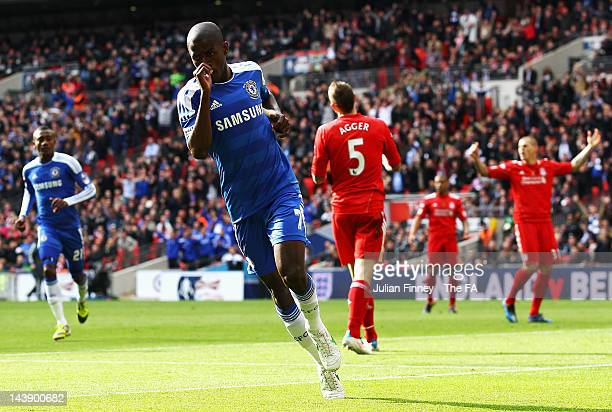 Ramires of Chelsea scores the opening goal during the FA Cup Final with Budweiser between Liverpool and Chelsea at Wembley Stadium on May 5 2012 in...