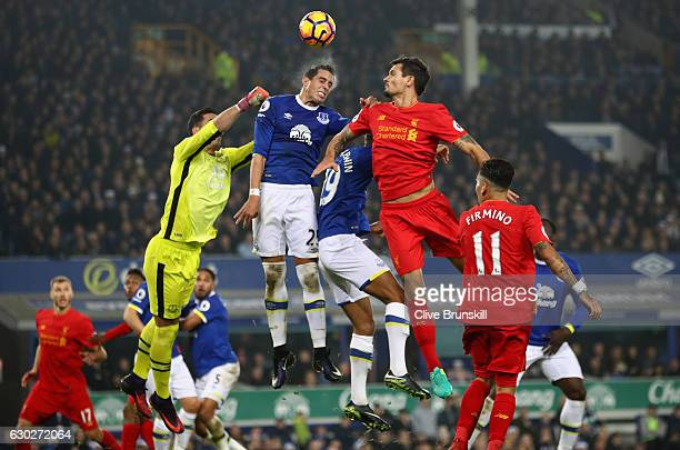 Ramiro Funes Mori of Everton in action with Dejan Lovren of Liverpool during the Premier League match between Everton and Liverpool at Goodison Park...
