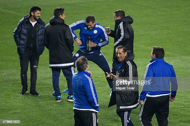 Ramon Diaz coach of Paraguay gestures during a training session at Alcaldesa Ester Roa Rebolledo Municipal Stadium on June 26 2015 in Concepcion...
