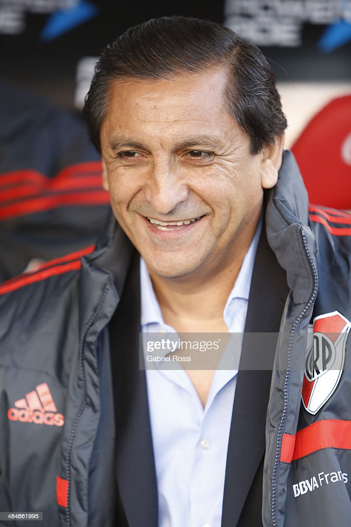 <a gi-track='captionPersonalityLinkClicked' href=/galleries/search?phrase=Ramon+Diaz&family=editorial&specificpeople=2607555 ng-click='$event.stopPropagation()'>Ramon Diaz</a> coach of River Plate smiles before a match between River Plate and Atletico Rafaela as part of 13th round of Torneo Final 2014 at Monumental Antonio Vespucio Liberti Stadium on April 12, 2014 in Buenos Aires, Argentina.