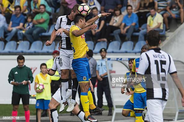 Ramon Zomer of Heracles Almelo Walter Gonzalez of FC Arouca during the UEFA Europa League third round second leg match between Arouca and Heracles...