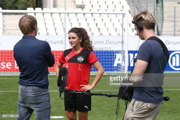 Ramona Petzelberger and Linda Dallmann during a general view behind the scenes of the Allianz Frauen Bundesliga Club Tour of of SGS Essen at Zeche...