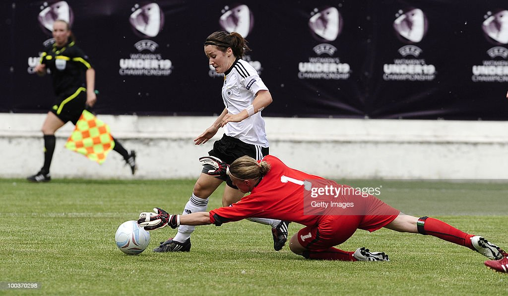 Ramona Petzelberger (L) of Germany misses a chance against Katia Schroffenegger of Italy during the UEFA Women's Under-19 European Championship group A match between Germany and Italy at Milano Arena on May 24, 2010 in Kumanovo, Macedonia.