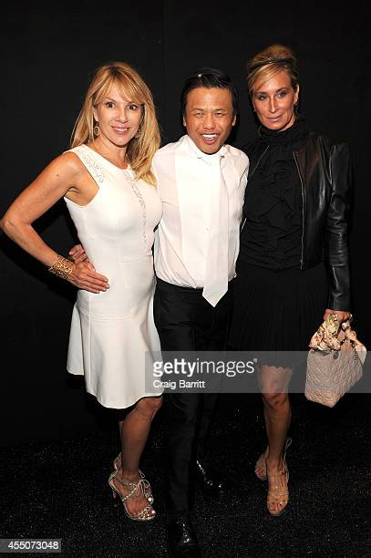 Ramona Singer designer Zang Toi and Sonja Morgan attend the Zang Toi fashion show during MercedesBenz Fashion Week Spring 2015 at The Salon at...