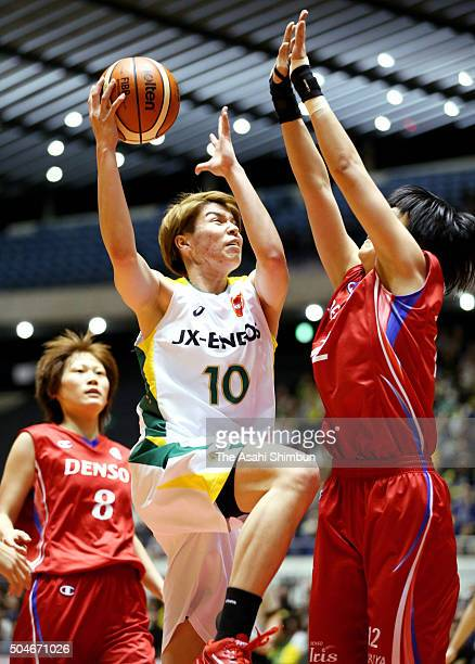 Ramu Tokashiki of JX ENEOS Sunflowers in action during the 82nd Empress Cup All Japan Basketball Championship Final match between JXENEOS Sunflowers...