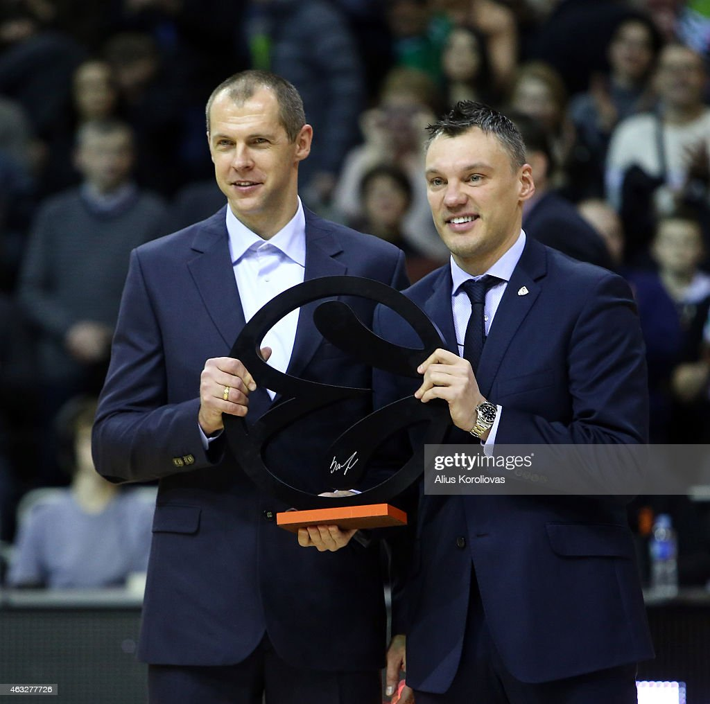 Ramunas Siskauskas and <a gi-track='captionPersonalityLinkClicked' href=/galleries/search?phrase=Sarunas+Jasikevicius&family=editorial&specificpeople=581779 ng-click='$event.stopPropagation()'>Sarunas Jasikevicius</a> at the Euroleague Basketball Legend awards ceremony ahead of the Turkish Airlines Euroleague Basketball Top 16 Date 7 game between Zalgiris Kaunas v Real Madrid at Zalgirio Arena on February 12, 2015 in Kaunas, Lithuania.