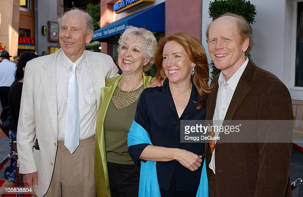 Rance Howard Judy Howard Cheryl Howard Crew and Ron Howard
