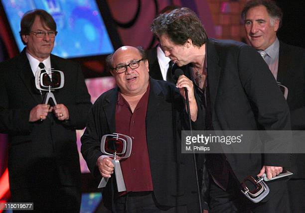 Randall Carver Danny DeVito James L Brooks Jeff Conaway and Judd Hirsch winners Medallion Award for 'Taxi'