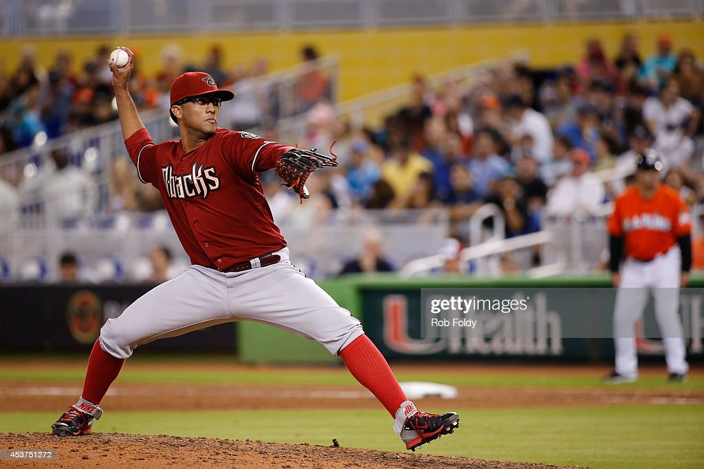 Randall Delgado #48 of the Arizona Diamondbacks pitches during the seventh inning of the game against the Miami Marlins at Marlins Park on August 17, 2014 in Miami, Florida.