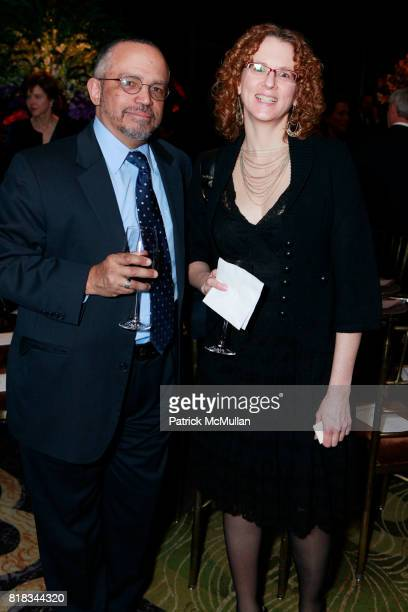 Randall McLaughlin and Annie Murphy attend NEW YORK BOTANICAL GARDEN Hosts THE ORCHID DINNER at Mandarin Oriental on February 9 2010 in New York City