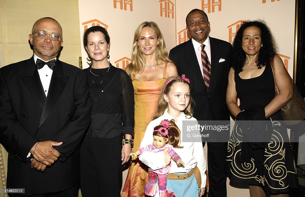 Randolph McLaughlin Executive Director Hale House Marcia Gay Harde host Valesca GuerrandHermes philanthropist and honoree Eulala Gay Harden Zachary...