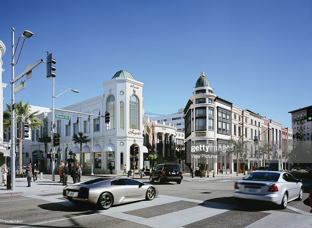 Random Commercial Property PortfolioUnited States Architect Na Rodeo Drive Los Angeles California 2008Shopping Centre With Passing Lamborghini