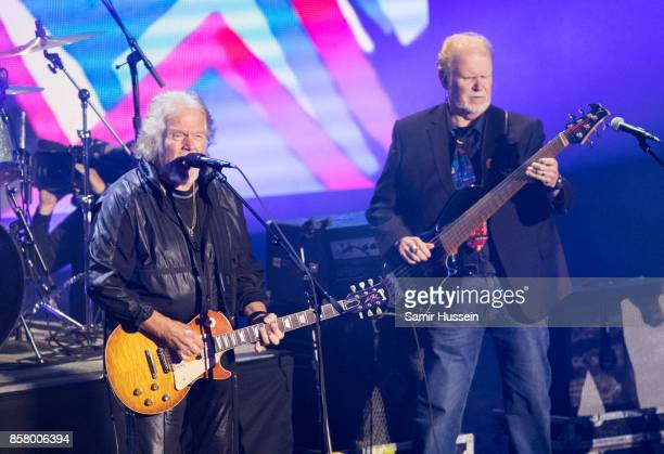 Randy Bachman of BachmanTurner Overdrive performs at the Closing Ceremony on day 8 of the Invictus Games Toronto 2017 on September 30 2017 in Toronto...