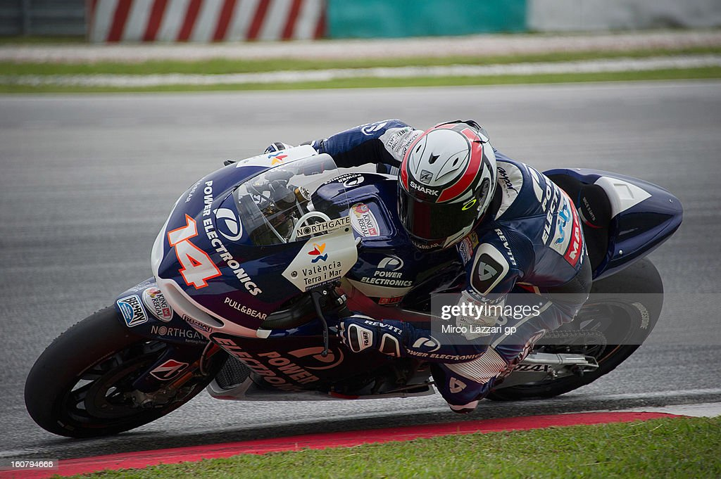 Randy De Puniet of France and Power Electronics Aspar rounds the bend during the MotoGP Tests in Sepang - Day Four at Sepang Circuit on February 6, 2013 in Kuala Lumpur, Malaysia.