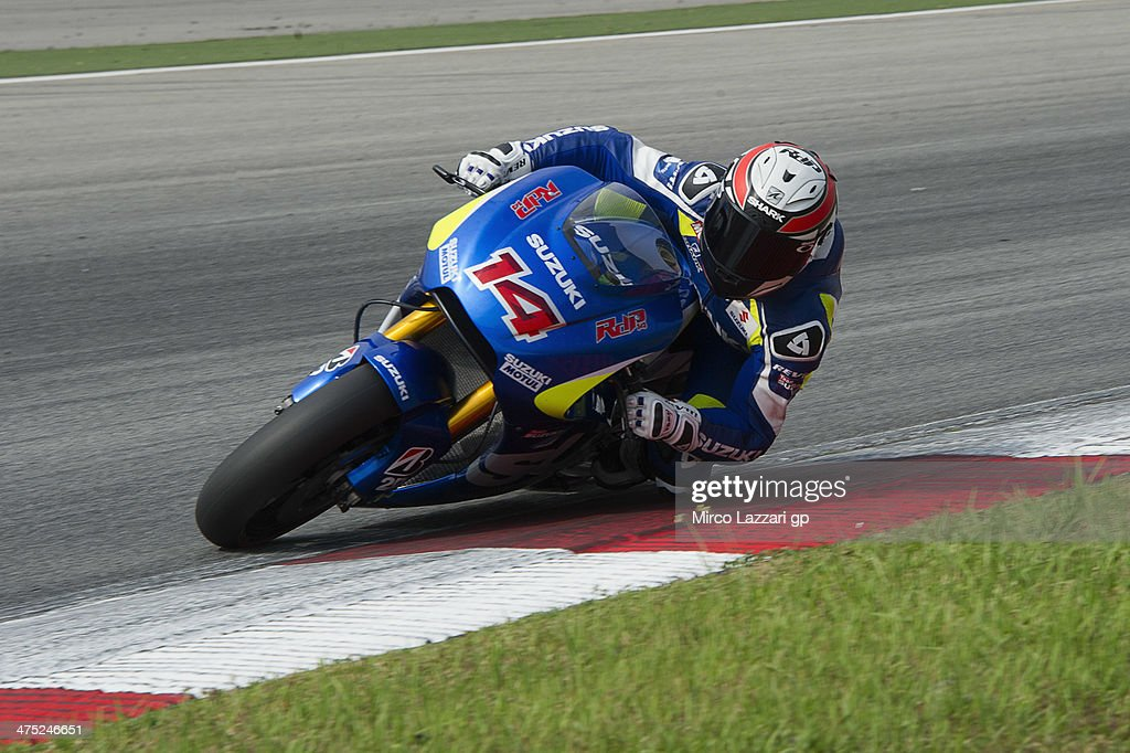 Randy De Puniet of France and Suzuki Test Team rounds the bend during the MotoGP Tests in Sepang Day Two at Sepang Circuit on February 27 2014 in...