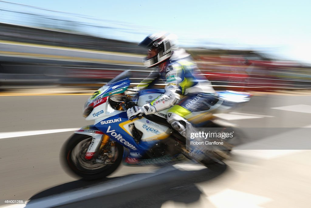 Randy De Puniet of France rides the VOLTCOM Crescent Suzuki GSXR1000 during qualifying for the World Superbikes World Championship Australian Round...
