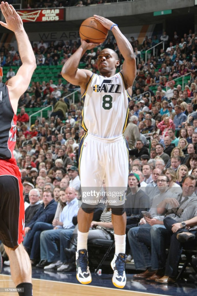 <a gi-track='captionPersonalityLinkClicked' href=/galleries/search?phrase=Randy+Foye&family=editorial&specificpeople=240185 ng-click='$event.stopPropagation()'>Randy Foye</a> #8 of the Utah Jazz shoots against the Toronto Raptors at Energy Solutions Arena on December 07, 2012 in Salt Lake City, Utah.