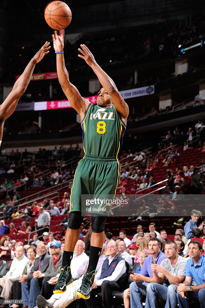 <a gi-track='captionPersonalityLinkClicked' href=/galleries/search?phrase=Randy+Foye&family=editorial&specificpeople=240185 ng-click='$event.stopPropagation()'>Randy Foye</a> #8 of the Utah Jazz shoots the ball against the Houston Rockets on March 20, 2013 at the Toyota Center in Houston, Texas.