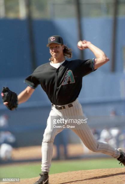 Randy Johnson of the Arizona Diamondbacks pitches against the Los Angeles Dodgers at Doidger Stadium circa 1999 in Los Angeles California