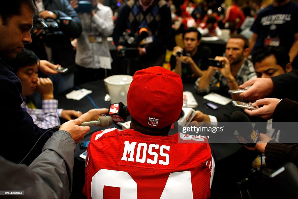 <a gi-track='captionPersonalityLinkClicked' href=/galleries/search?phrase=Randy+Moss&family=editorial&specificpeople=201999 ng-click='$event.stopPropagation()'>Randy Moss</a> #84 of the San Francisco 49ers addresses the media during Super Bowl XLVII Media Availability at the New Orleans Marriott on January 31, 2013 in New Orleans, Louisiana. The 49ers will take on the Baltimore Ravens on February 3, 2013 at the Mercedes-Benz Superdome.