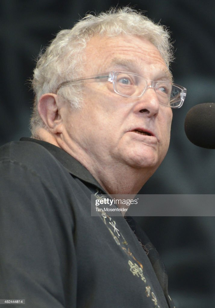 <a gi-track='captionPersonalityLinkClicked' href=/galleries/search?phrase=Randy+Newman&family=editorial&specificpeople=194998 ng-click='$event.stopPropagation()'>Randy Newman</a> performs during the Pemberton Music and Arts Festival on July 20, 2014 in Pemberton, British Columbia.