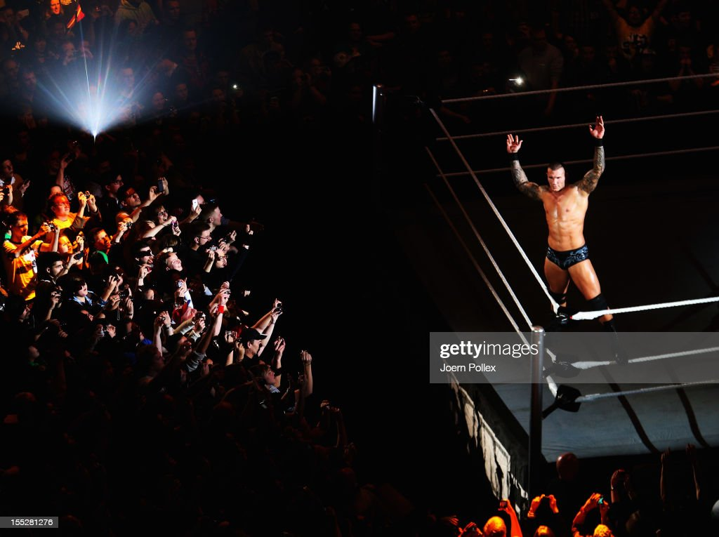 <a gi-track='captionPersonalityLinkClicked' href=/galleries/search?phrase=Randy+Orton&family=editorial&specificpeople=3073398 ng-click='$event.stopPropagation()'>Randy Orton</a> competes in the ring against <a gi-track='captionPersonalityLinkClicked' href=/galleries/search?phrase=Wade+Barrett&family=editorial&specificpeople=2196134 ng-click='$event.stopPropagation()'>Wade Barrett</a> during the WWE SmackDown World Tour at O2 World on November 2, 2012 in Hamburg, Germany.