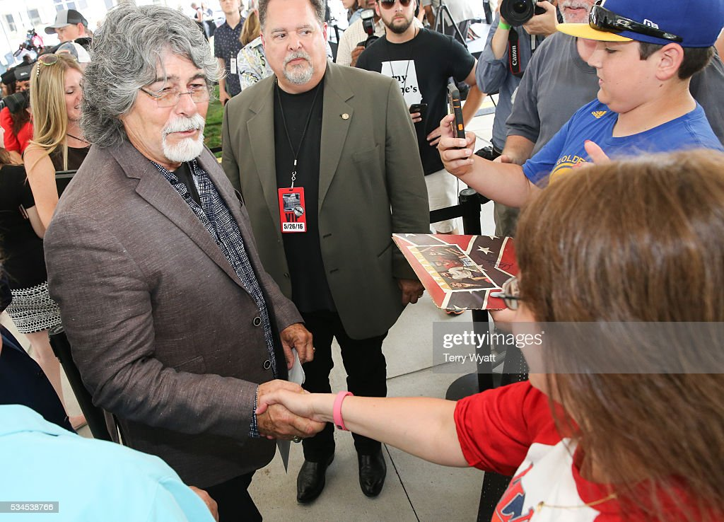 <a gi-track='captionPersonalityLinkClicked' href=/galleries/search?phrase=Randy+Owen&family=editorial&specificpeople=619729 ng-click='$event.stopPropagation()'>Randy Owen</a> of the musical group Alabama greets fans during the 2016 Music City Walk Of Fame Induction Ceremony at Music City Walk of Fame Park on May 26, 2016 in Nashville, Tennessee.