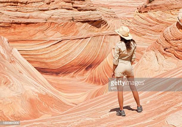 Ranger mit Blick auf die Wave, Coyote Buttes