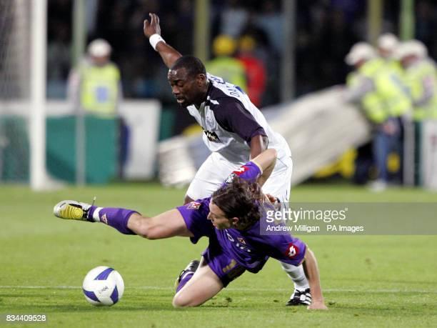 Rangers' Jean Claude Darcheville and Fiorentina's Riccardo Montolivo battle for the ball