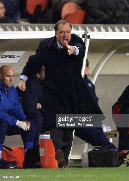 Rangers manager Dick Advocaat during the UEFA Cup 3rd round 2nd leg match against Paris Saint Germain at The Parc *EDI* PA Photo Tom Hevezi