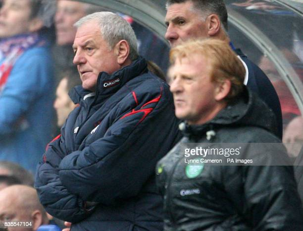 Rangers manager Walter Smith and Celtic manager Gordon Strachan on the touchline