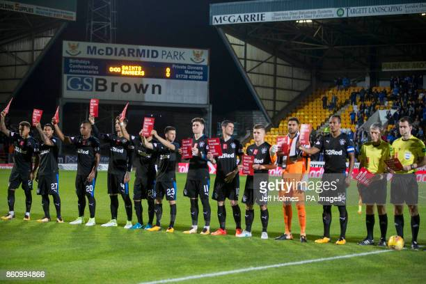 Rangers players show racism red card before the Ladbrokes Scottish Premiership match at McDiarmid Park Perth