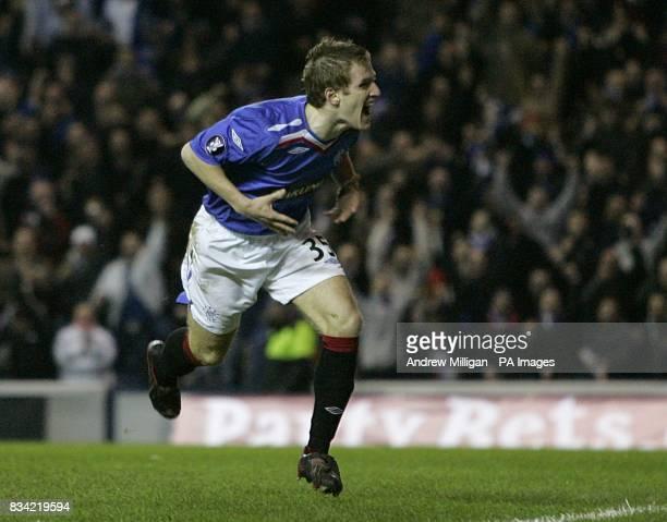 Rangers' Steven Davis celebrates scoring his sides second goal of the game